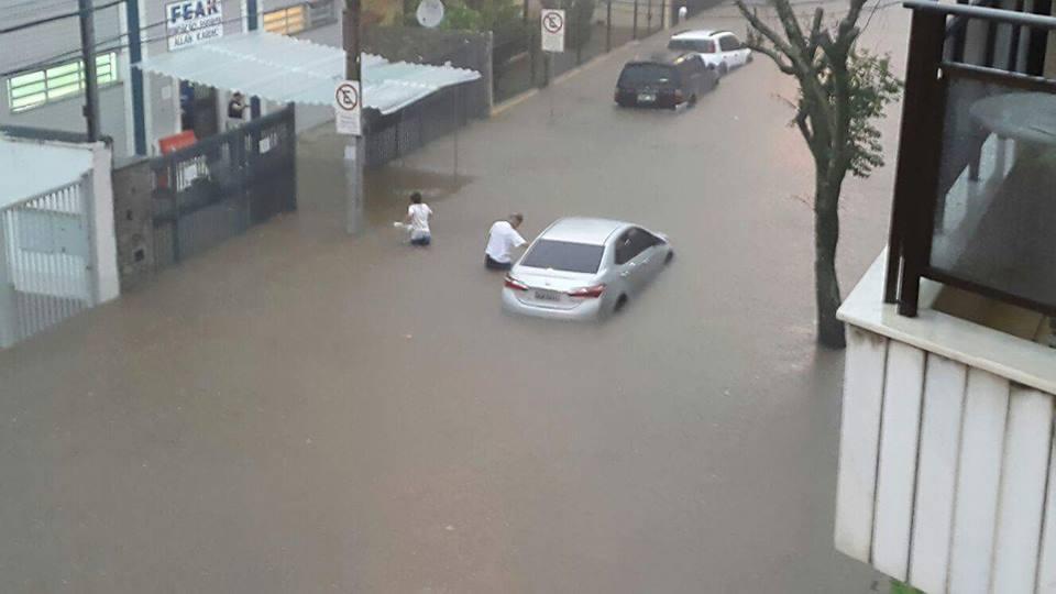 inundação cascatinha